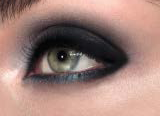 Eyeliner Kajal The ONE da Oriflame - Look Esfumado