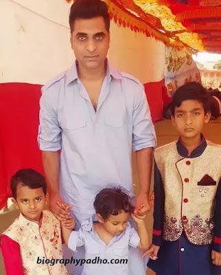 Altaaf Sayyed Family Photo
