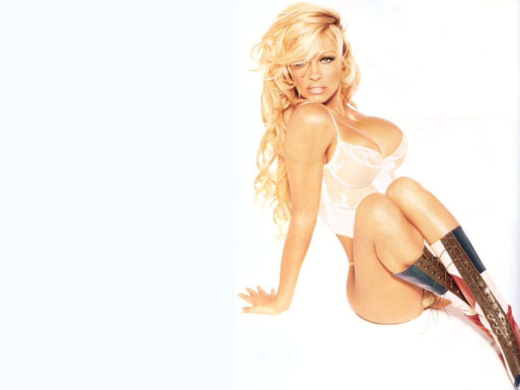 Pamela Anderson Hot Pictures, Photo Gallery  Wallpapers -9819