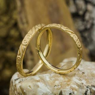 De ce sa cumperi bijuterii lucrate manual