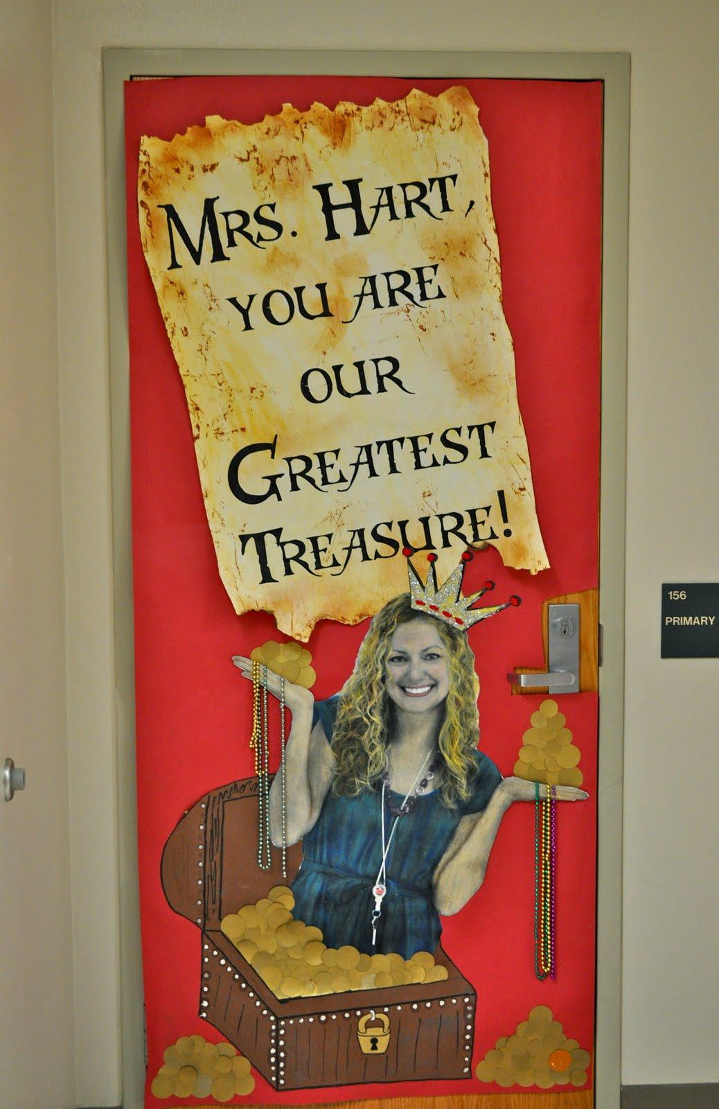 ewe hooo!: Teacher Appreciation Week-Bulletin Board & Door ...