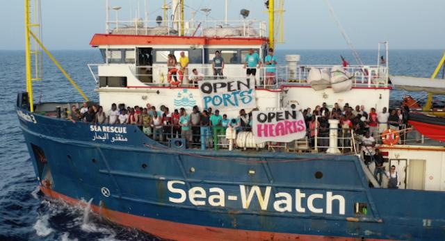 Μήνυση κατά του Σαλβίνι καταθέτει η πλοίαρχος του Sea-Watch