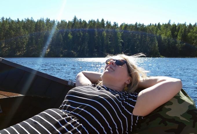 Repoveden kansallispuisto vesitaksilla järvellä