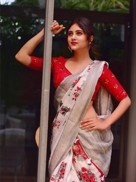 Riya Shines Photos