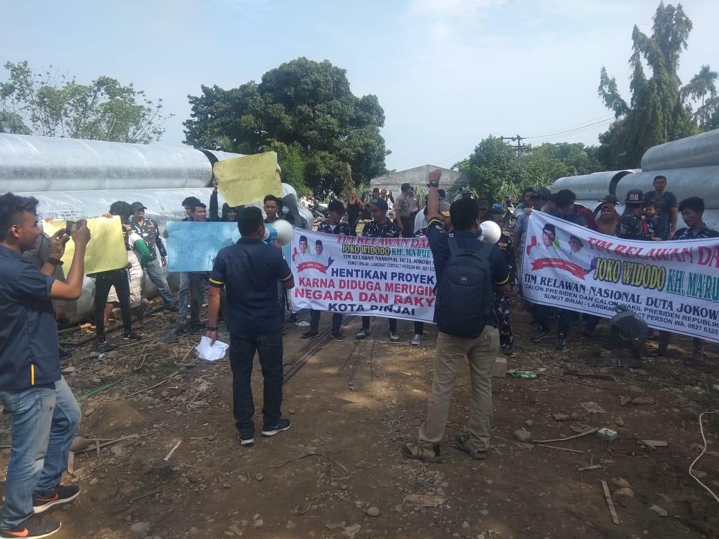Satma AMPI Kota Binjai Demo Proyek Air Senilai Rp32 Miliar di Kelurahan Tanah Merah