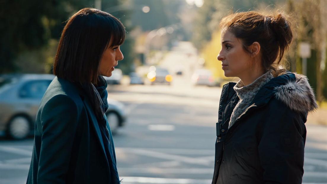 Quinn y Rachel en la tercera temporada de 'UnReal'