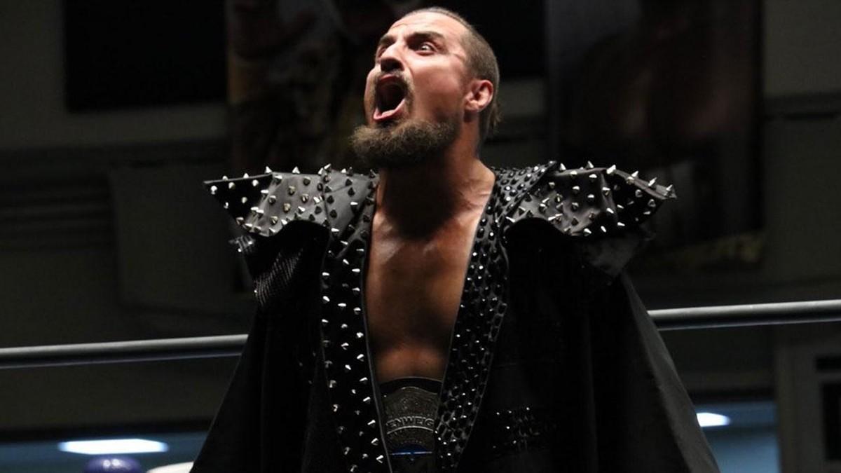 Marty Scurll e Dan Maff são removidos do roster da ROH