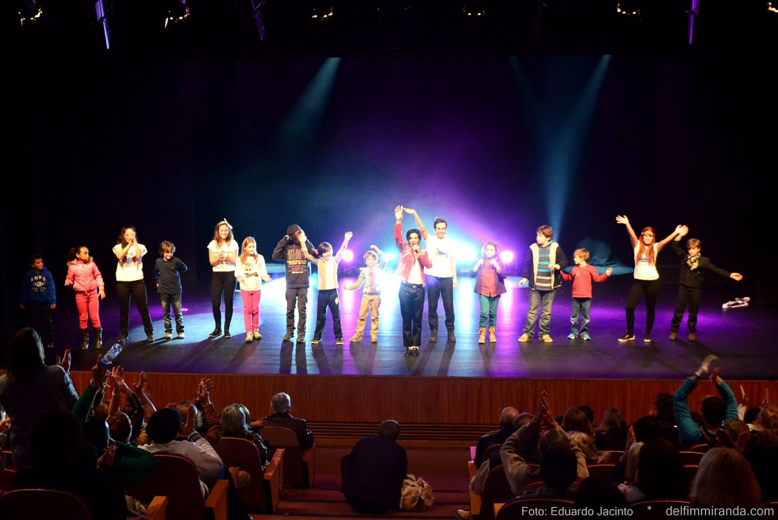 Delfim Miranda - Michael Jackson Tribute - Heal the World - Public and Stage
