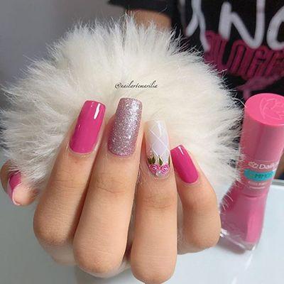 unhas decoradas com esmalte rosa 7