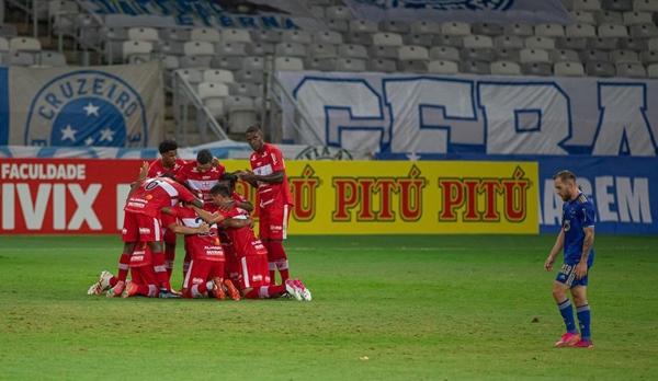 CRB bate o Cruzeiro por 4 a 3 no Mineirão pela Série B