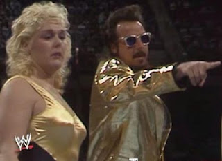 WWF / WWE ROYAL RUMBLE 1988 - JIMMY HART WITH THE GLAMOUR GIRLS