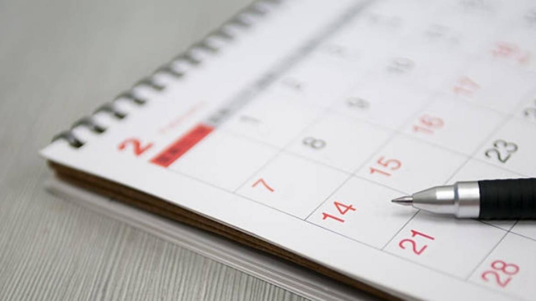 Feriados: el próximo 25 de mayo cae martes, ¿Qué pasa con el lunes 24?