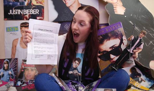 Saking Ngefansnya, Gadis Ini Mengubah Namanya Menjadi Justin Bieber