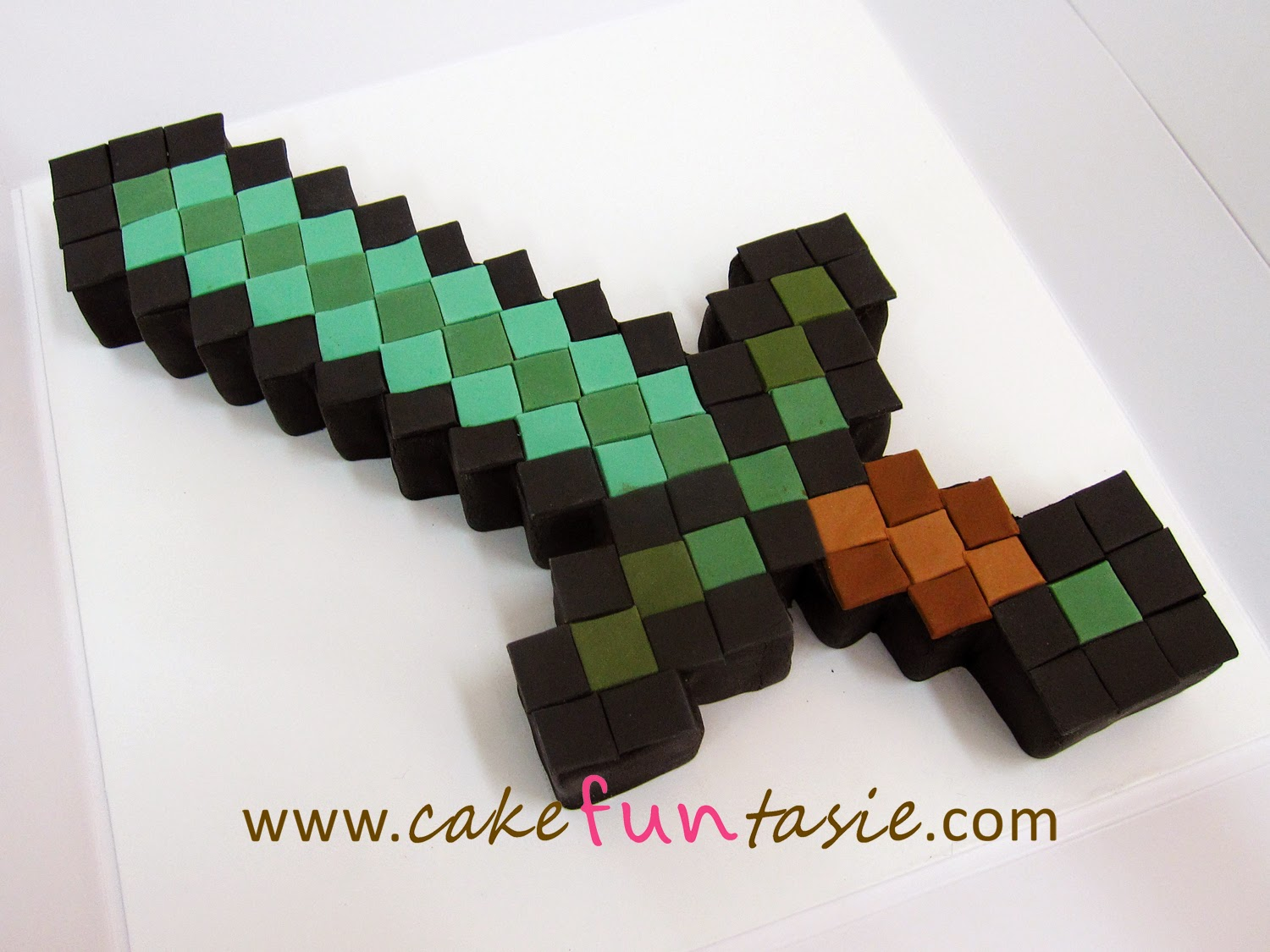 Minecraft Cupcake Cakes Diamond Sword