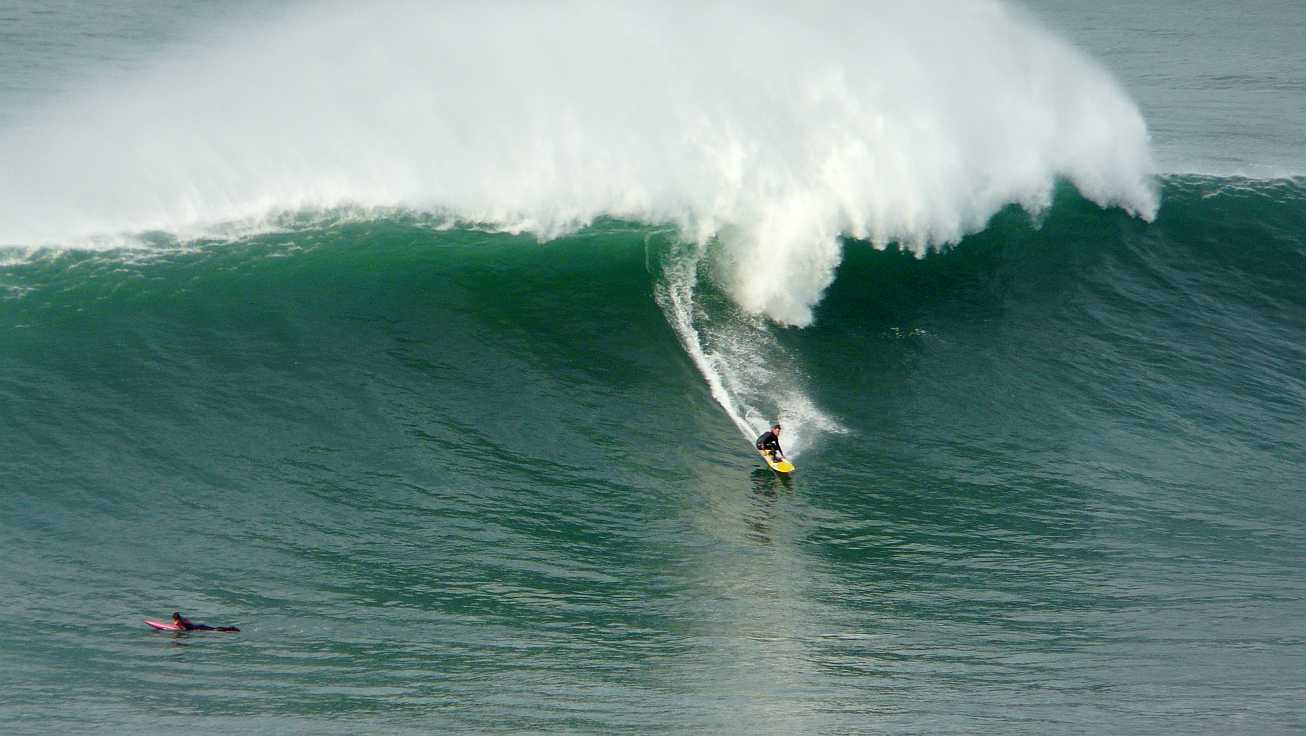 surf menakoz diciembre 2015 olas grandes 21b