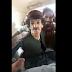 Comico afghano preso a schiaffi dai Talebani, ma lui continua a fare battute (verrà ucciso)
