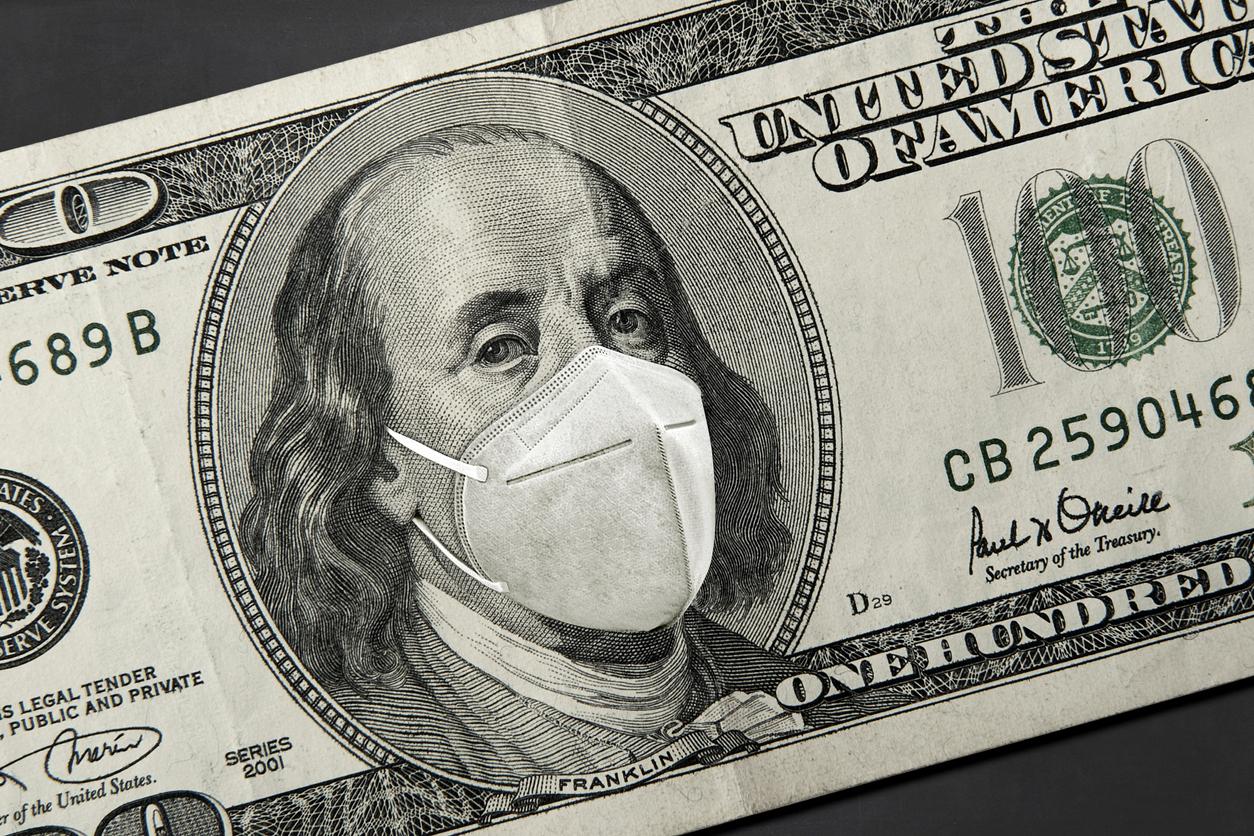 أسعار الدولار في 10 بنوك مع بداية تعاملات اليوم الثلاثاء