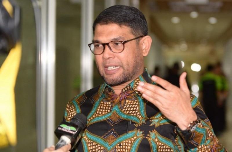 Ketimbang Membuka Donasi, Nasir Djamil : Seharusnya Presiden, Wakil Presiden dan Para Menteri Mau Berkorban Seluruh Gajinya.
