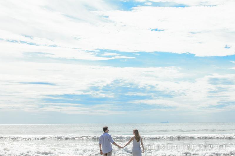 ensaio pre casamento em praia