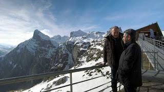 Bertín Osborne con Revilla en lo alto de los Picos de Europa