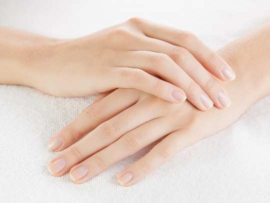 Homeremedies to restore the beauty of the hands