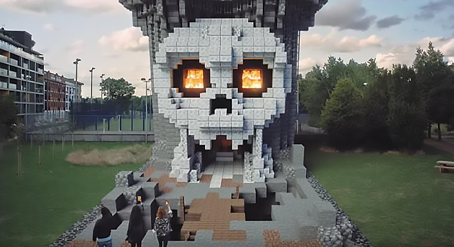 Minecraft Earth Closes In June