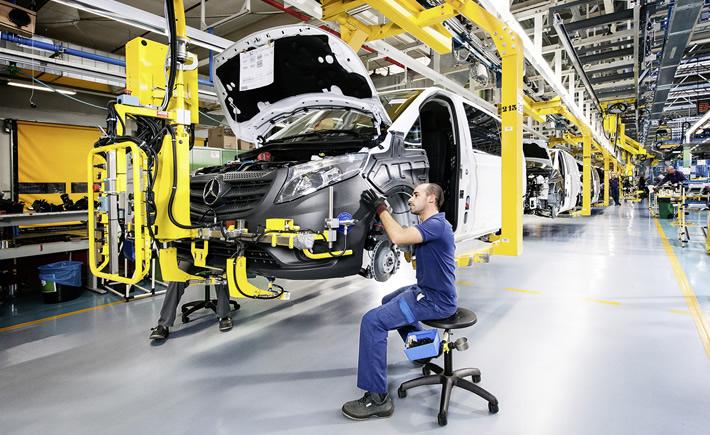 Durante los primeros cinco meses de este año se exportaron 1,080,358 unidades, esto es, 7.1% menos que las exportadas en el mismo periodo de 2015. (Foto: Mercedes Benz)