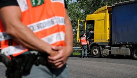 Folytatja a tematikus ellenőrzéseket a közúti közlekedési hatóság