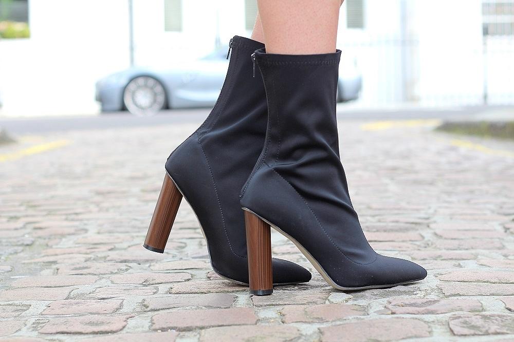 sock boots peexo