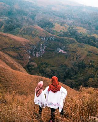 Sebuah jurang yang berada di sebelah utara Budug Asu. Foto oleh @fariedsa