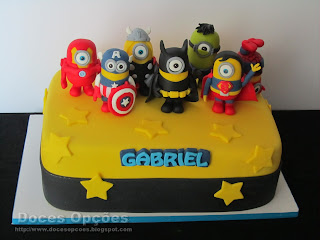 Minions Super Heroes cake