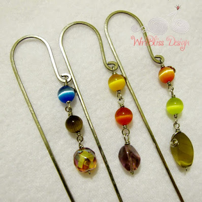 Wire bookmarks for letter A, Y and R and closeup of beads