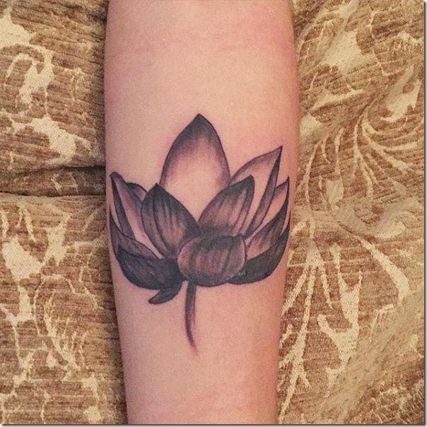Tatuagens femininas de flor de lótus