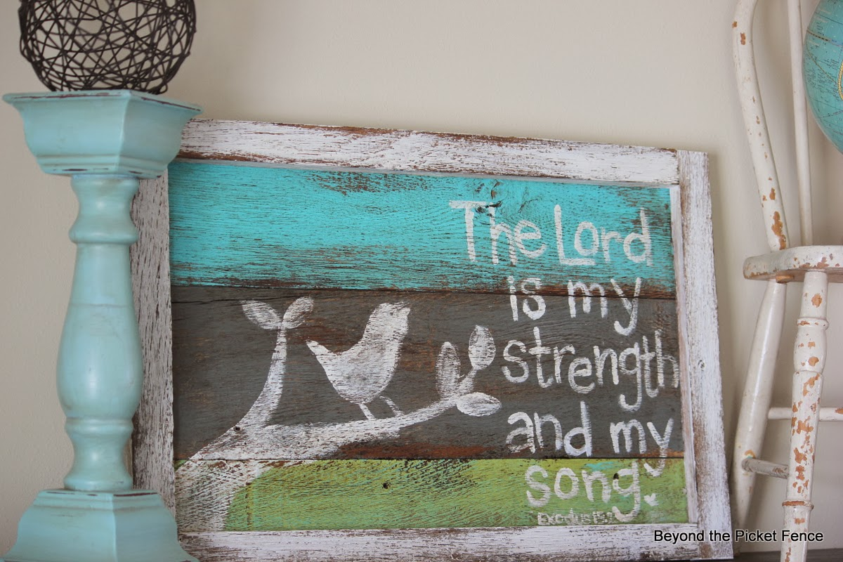 reclaimed wood sign bible verse http://bec4-beyondthepicketfence.blogspot.com/2014/03/simple-sign.html