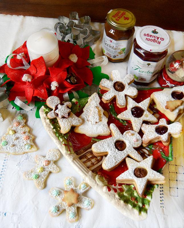 Biscotti Di Natale 1 Uovo.Dolci A Go Go Fantasia Di Biscotti Di Natale Alle Mandorle