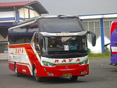 Foto Bus Raya Seri G