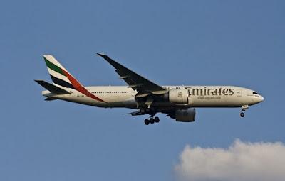 الخطوط,الإماراتية,تفرض,على,طاقمها,خيارين,لحماية,المسافرين,من,كورونا