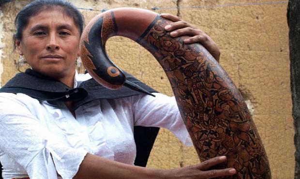 Yahuarcani, Poma y Flores: artistas indígenas dialogan sobre cultura y legado creativo