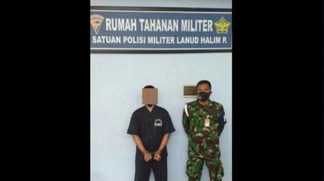 Beredar Foto Diduga Oknum TNI Dukung HR5, Diborgol dan Pakai Baju Tahanan