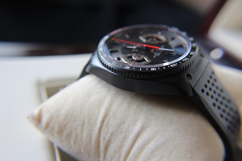 Запуск коллекции tag heuer grand carrera в году стал определяющим для бренда.