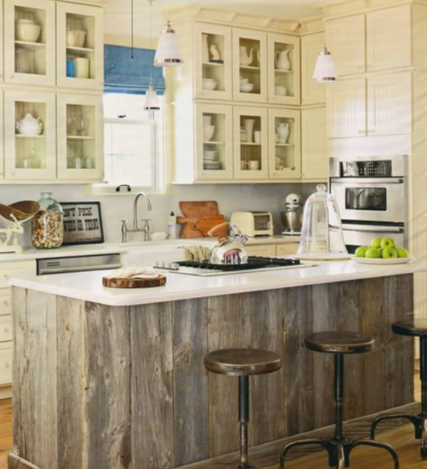 Natural Knotty Pine Kitchen Cabinets: Sugar & Spice In The Land Of Balls & Sticks: Cottage Kitchens