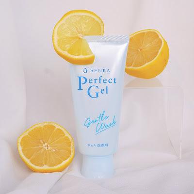 Review Senka Perfect Gel Gentle Wash Cleanser Untuk Kulit Berminyak dan Kombinasi Berjerawat Tanpa Busa Seri Dewi seridewix
