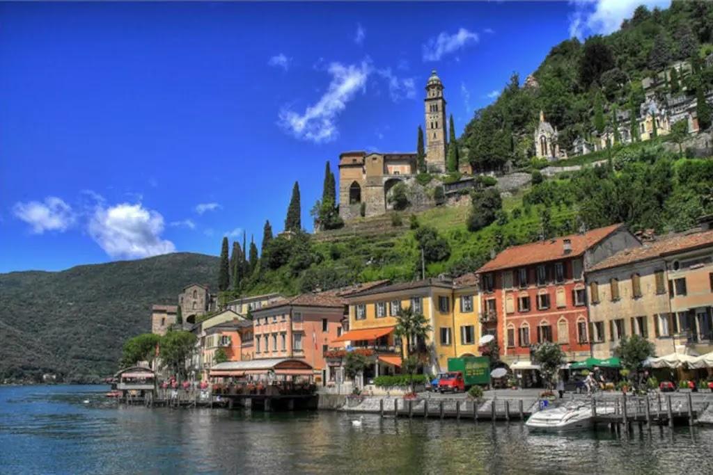 Город Вико-Моркоте в Лугано, Швейцария