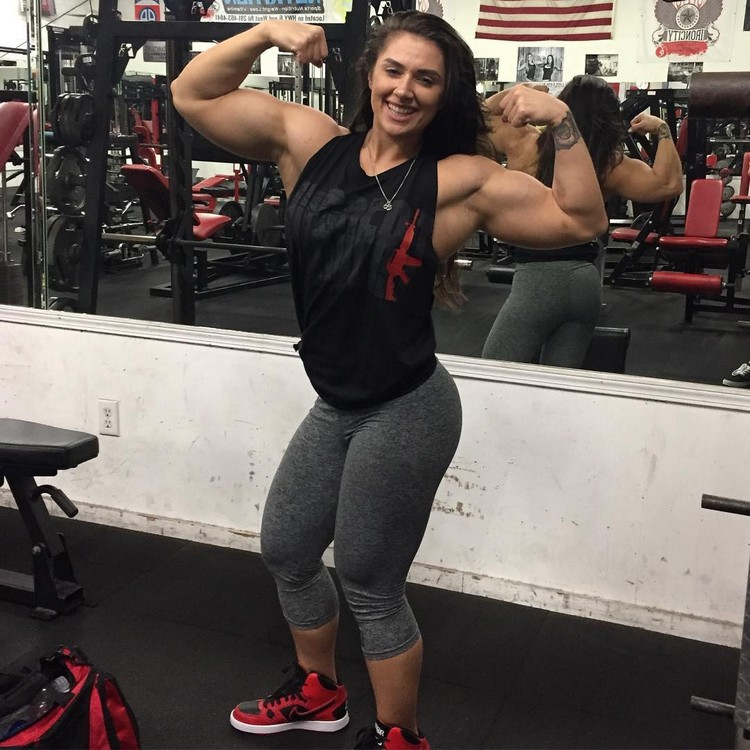 Amino Z Team Womens Weight Lifting Bodybuilding Gym: Fantastic Woman Jacquelyn Hickerson