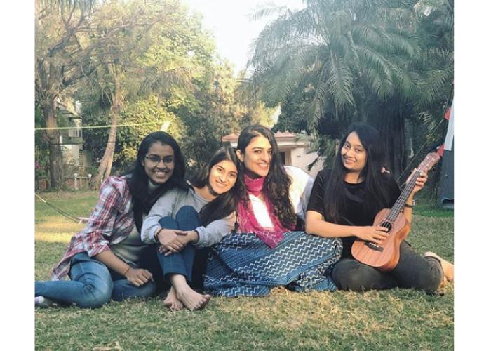Deeksha Joshi friends