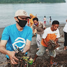 Empat Desa Wisata di Lombok Barat Gelar Bersih-Bersih Peringati HPSN