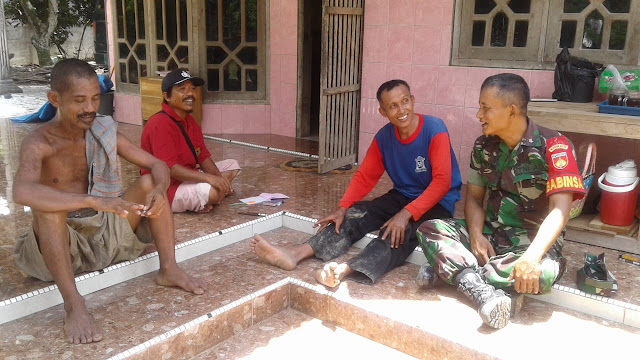 Kodim Sragen - Babinsa Tempelrejo Himbau Pentingnya Menjaga Keamanan Lingkungan