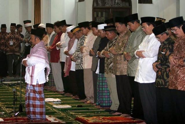 Mulai Besok, Masjid Di Jakarta Diperbolehkan Shalat Jumat Berjamaah