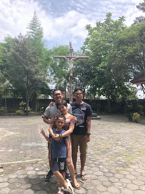 Salib Suci Gunung Sempu Tamantirto Kasihan Bantul  2019 ©JelajahSuwanto