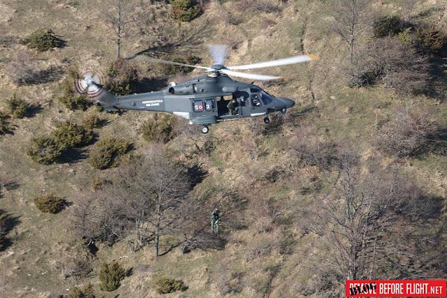 Elicottero Aeronautica ritrova escursionisti dispersi